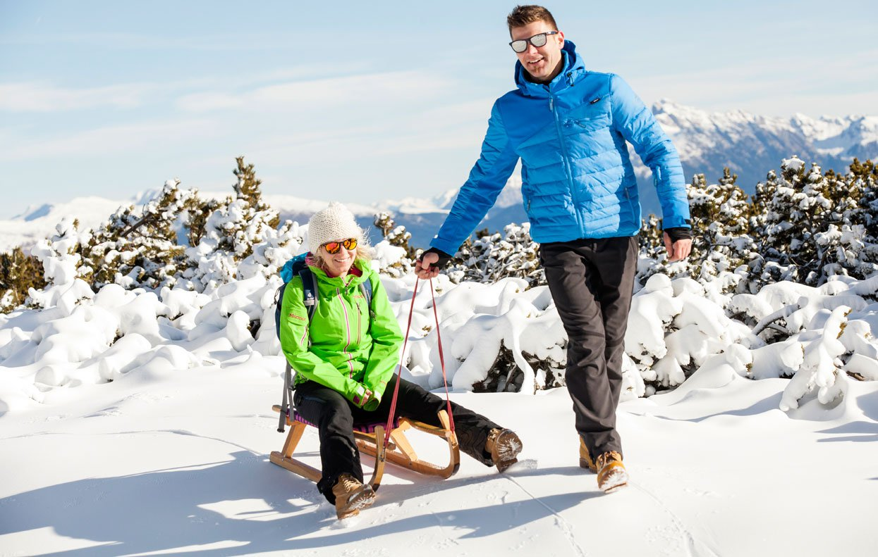 In a winter holiday in Ritten/South Tyrol you can practice cross-country skiing, go tobogganing and ice-skating